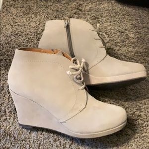 DV Dolce Vita ankle boots